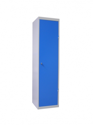 02 - armoire ski porte fermee